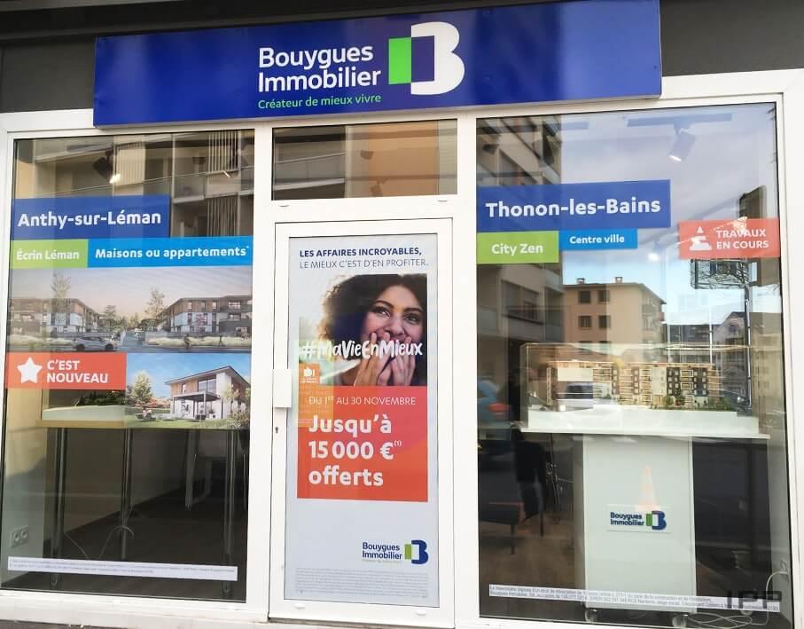 Enseigne bandeau Bouygues Immobilier vue d'ensemble de l'agence