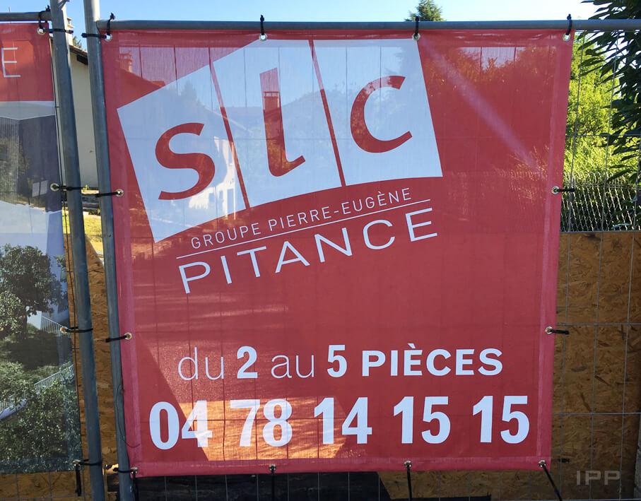 Marketing immobilier bâche SLC Pitance vue détaillée