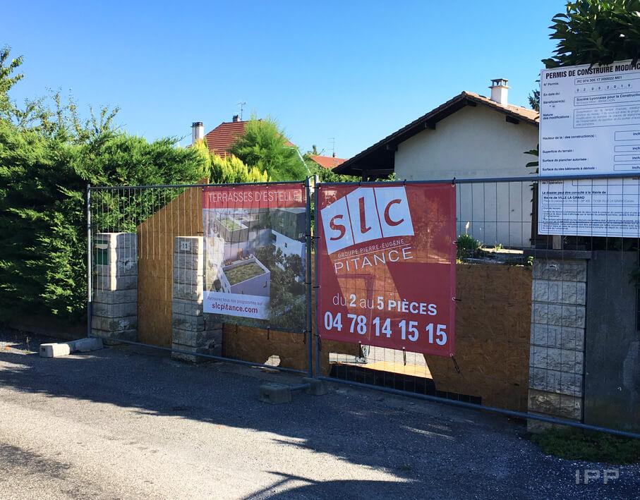Marketing immobilier bâche SLC Pitance vue d'ensemble
