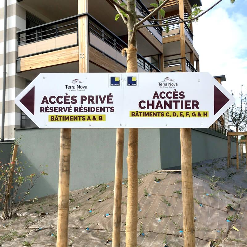 Marketing immobilier sur signalétique directionnelle temporaire