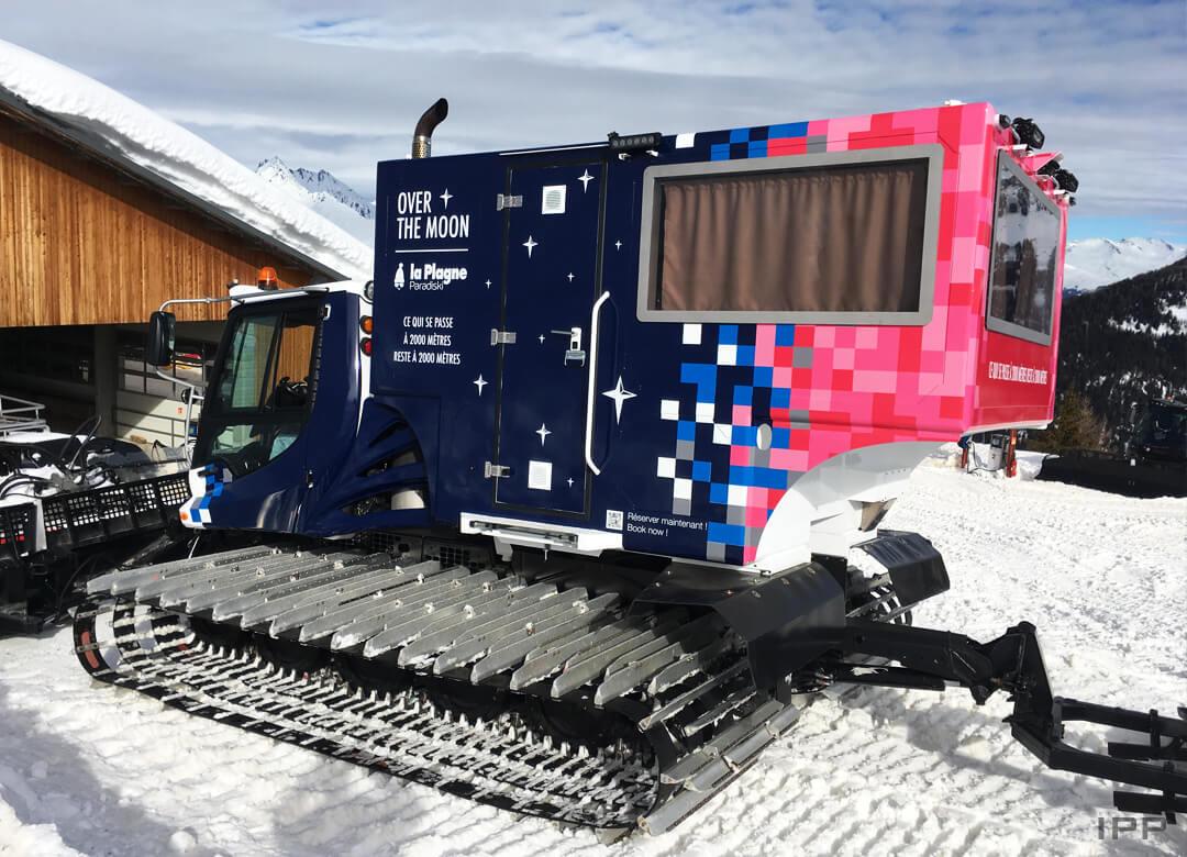 Marquage spécial dameuse à neige en vinyle pour LA PLAGNE