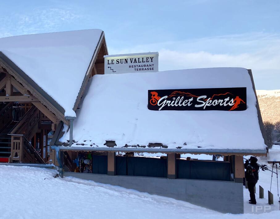 Enseigne bandeau lumineux Grillet Sport vue d'ensemble